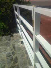 Imagen de Portones en Aluminio color blanco en Maldonado