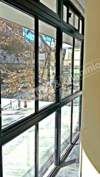 Arquitectura aluminio obras cerramientos en fachada for Cerramientos para oficinas