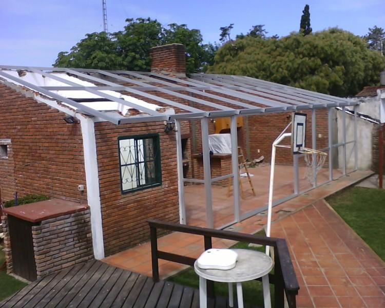 Arquitectura aluminio techos techo m s aberturas for Cubiertas para techos livianas