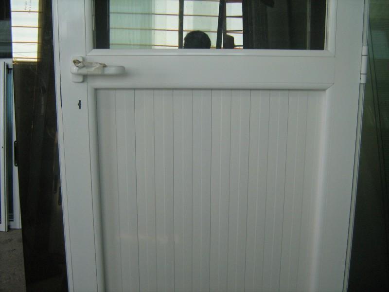 Puertas De Aluminio Blanco Para Baño:Arquitectura & Aluminio