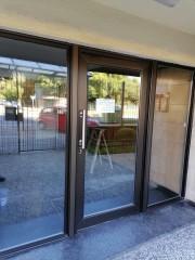 Imagen de Puerta de acceso en Edificio