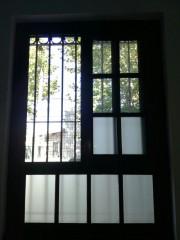 Imagen de Aberturas combinadas con vidrio mixto en Instituto de enseñanza
