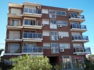 Imagen de Cambio de Barandas en Edificio en Montevideo