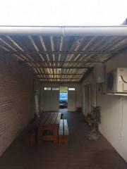 Imagen de Cerramiento con techo de Policarbonato en Montevideo